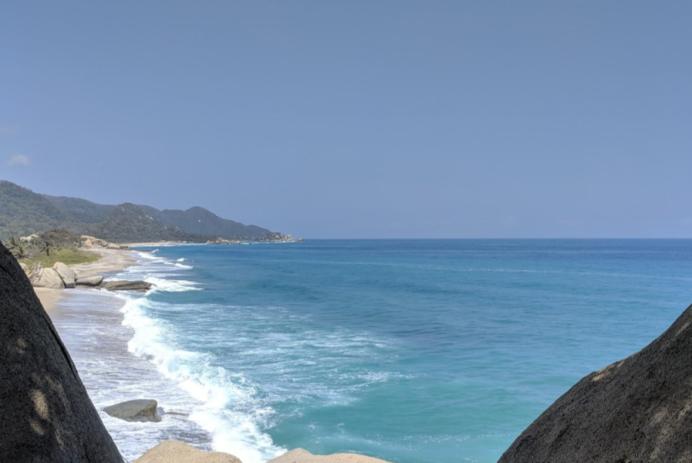 Vue d'une plage du parc Tayrona