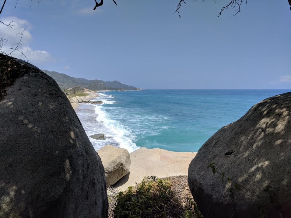 Vue sur une plage du parc Tayrona